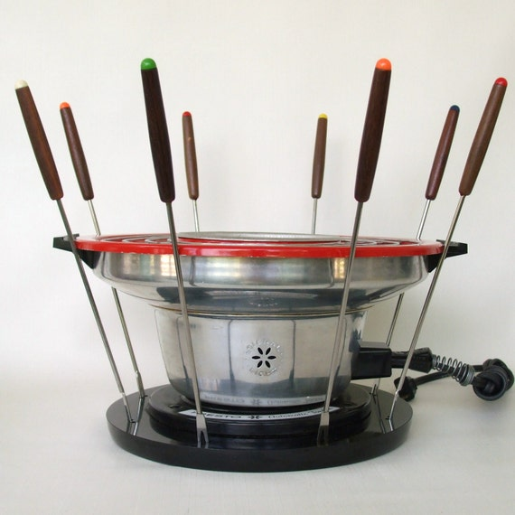 Presto Electric Fondue Pot New Years Eve Party