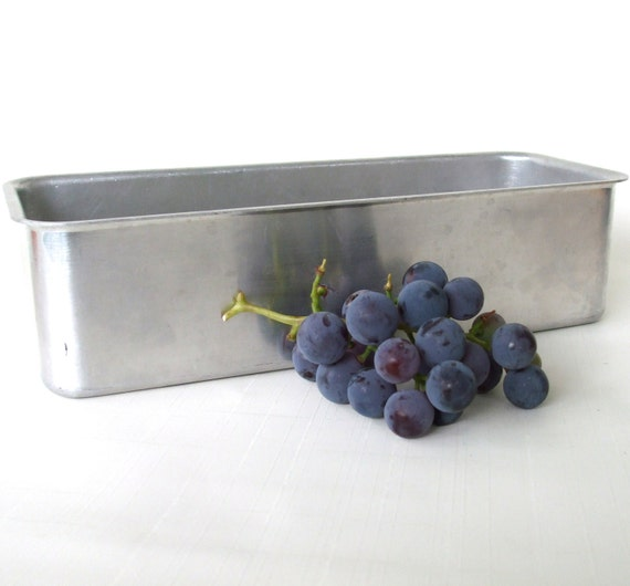 Mirro Aluminum Bread Loaf Pans 5196m Fruit Cake By