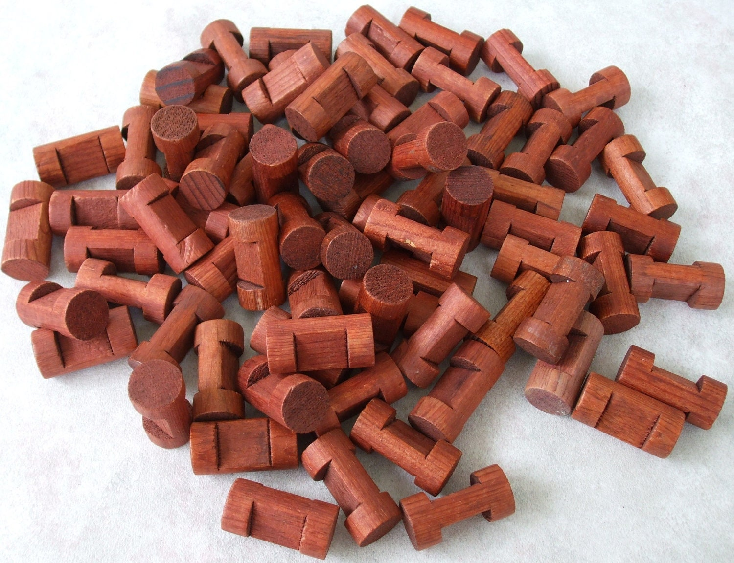 Vintage 1970s Lincoln Logs Building Toy 153 Pieces