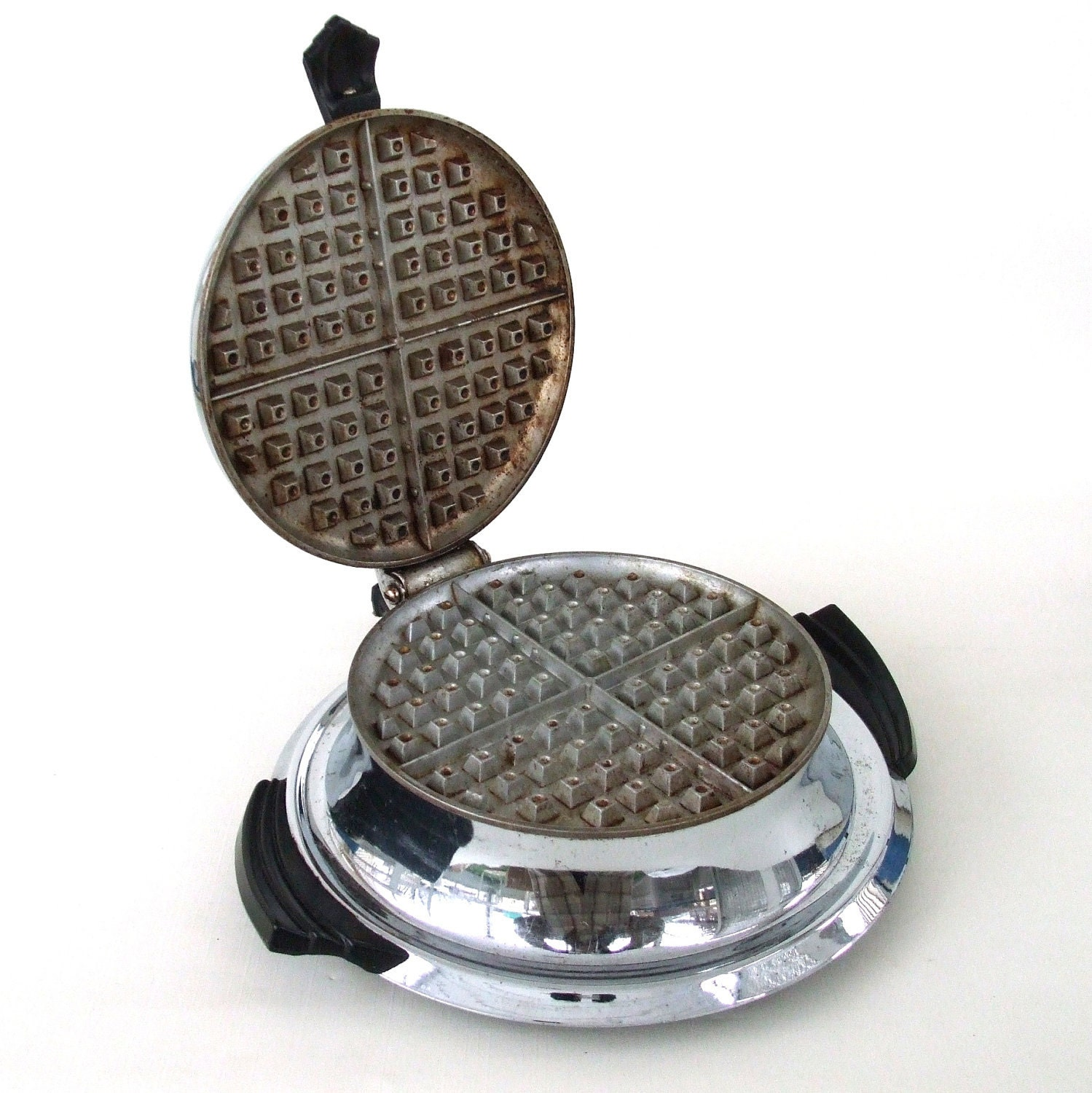 Electric Waffle Maker ~ Vintage waffle makers home video