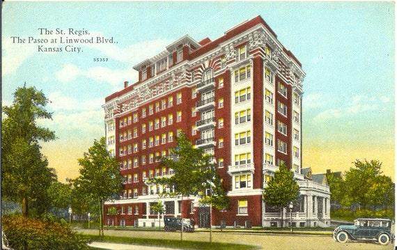 The St. Regis - The Paseo at Linwood Blvd - Kansas City, Missouri - Vintage Postcard