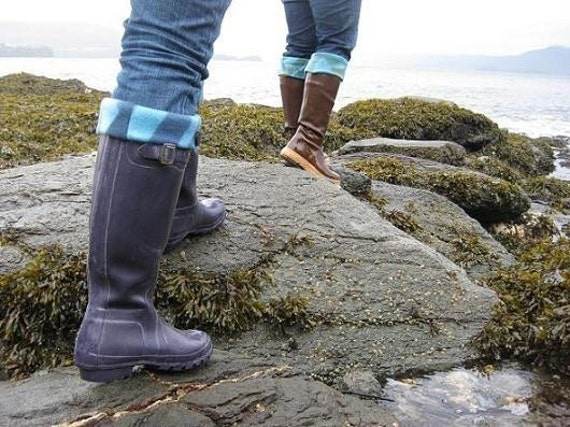 SLUGS Fleece Boot liners in Purple with Multi Color Seaweed Pattern Cuff (Sm/Med and Med/Lg).