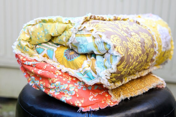 SUNNY DAYS Modern Meadow Large Rag Quilt, READY to ship