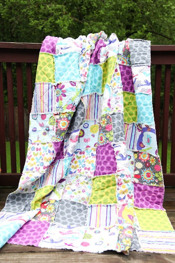SALE 20% OFF Fly Away, Bright and Vibrant, Butterflies and Birds, Pink and Green and Orange, Twin Rag Quilt