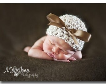 Tan chuncky hat with bow - Newborn, Great photo prop