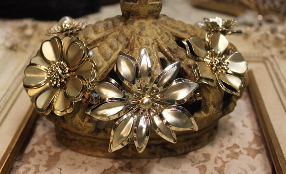Vintage Assemblage Golden Blooms Flower Statement Necklace One of a Kind Sassy Sisters