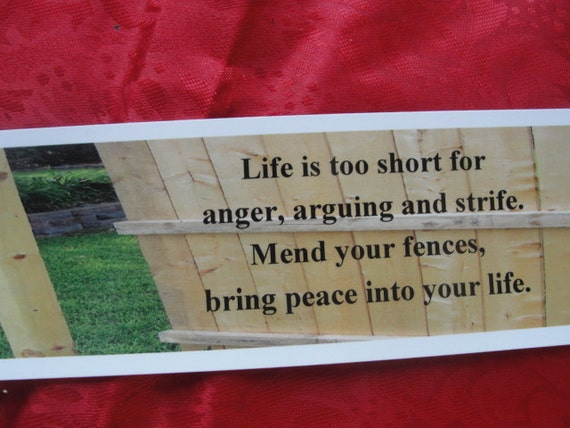 """Bookmark titled """"Mend Your Fences"""""""