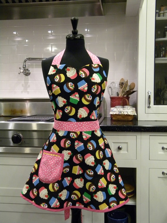 Tossed Cupcakes Full Sweetheart Apron
