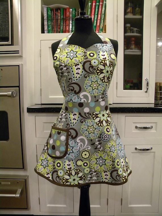LAST ONE-Grey/Green Floral Full Sweetheart Apron