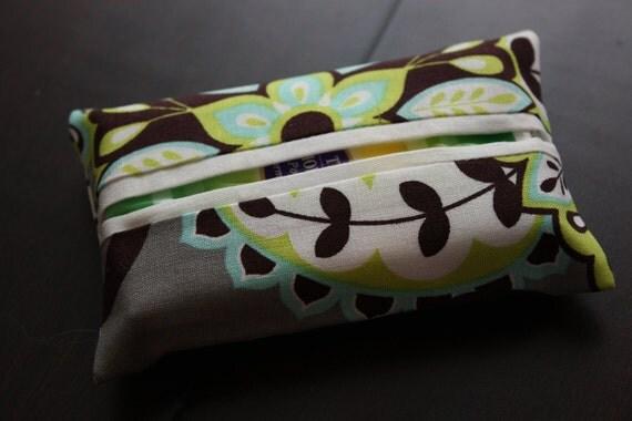 Splendid Paisley Travel Tissue Holder
