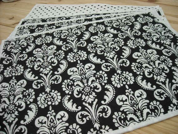 quilted black and white double sided placemats. Black Bedroom Furniture Sets. Home Design Ideas