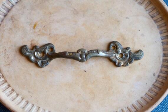 Antique Brass Art Nouveau Pull Handle