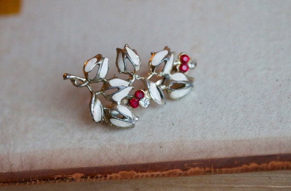 White Tulips and Red Rhinestones Vintage Brooch
