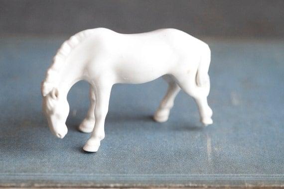 Small Milk Glass Horse Figurine - Miniature White Glass