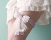 Bridal lilac garter Silk & feathers OOAK by Jye, Hand-made in France