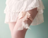 Pink silk garter silk & white feathers Bridal lingerie OOAK by Jye, Hand-made in France