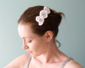 Flowers hair comb White satin & Swarovski Bridal hair accessories OOAK by Jye, Hand-made in France