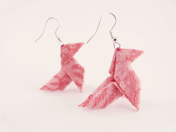 Romantic Origami earrings honeysuckle pink lace OOAK by Jye, Hand-made in France