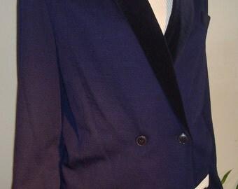 Nacy tuxedo jacket