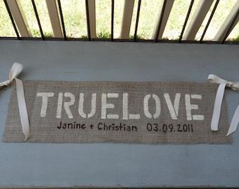 TRUELOVE Custom Burlap Wedding Sign Photo Prop