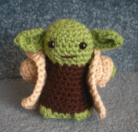 Crochet Yoda Pattern : Made to order, Hand crocheted Star Wars Yoda with Cloak Amigurumi Doll