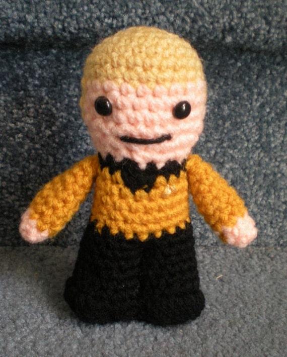 Amigurumi Star Trek : Made to order Hand crocheted Captain Kirk Star Trek