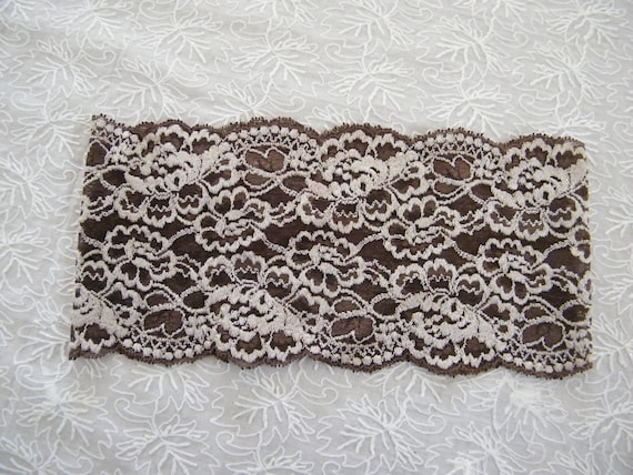 Holiday gift for women, Lacey off white and brown head band,  hair band, lace hair accessory,  gift under 20 dollars Israel