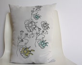 Pillow (medium size) 'Miss Minty loves Mr Pistache' - hand screen printed