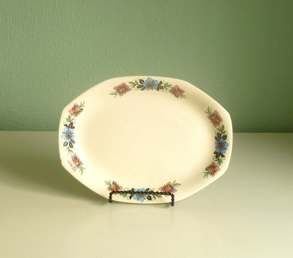 Vtg 1900s Springtime Purple and Blue Crocus Platter / Tray. Transferware by Homer Laughlin. Style No G6N5. Home Decor Wall Hanging Art.