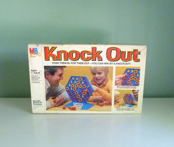 Vtg 1978 Milton Bradley MB Knock Out Board Game. For 2 Players. Complete w/ Instructions. Family Fun.