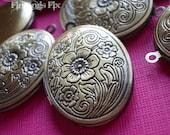 2X - antiqued bronze flower engraved oval locket 34x24mm
