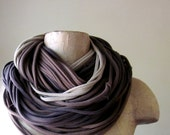 THE CHUNKY cotton scarf in coffee cake