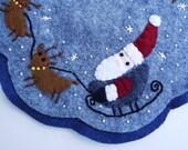 Christmas Holiday Decor, Santa and Reindeer Candle Mat, Santa and Reindeer Penny Rug, Holiday Candle Mat, Holiday Penny Rug