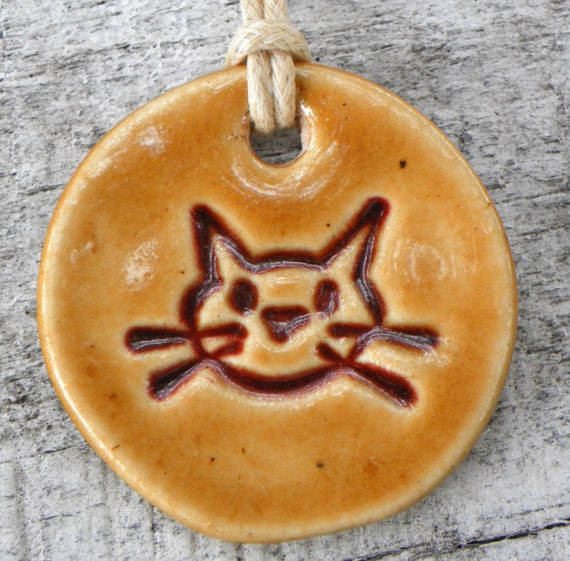 Tan Butterscotch Burgundy amber Cat Ceramic Pendant Necklace Casual Womens fall 12504A