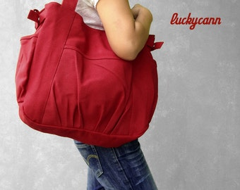 IRIS // Red / Lined with Beige / 053 // Ship in 3 days // Messenger / Diaper bag / Shoulder bag / Tote bag / Purse / Gym bag / canvas bag
