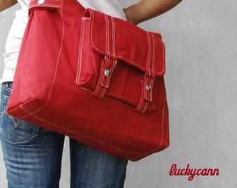 CARSON // Dark Red / Lined with Beige / 033 // Ship in 3 days // Messenger / Diaper bag / Shoulder bag / Tote bag / Purse / Gym bag
