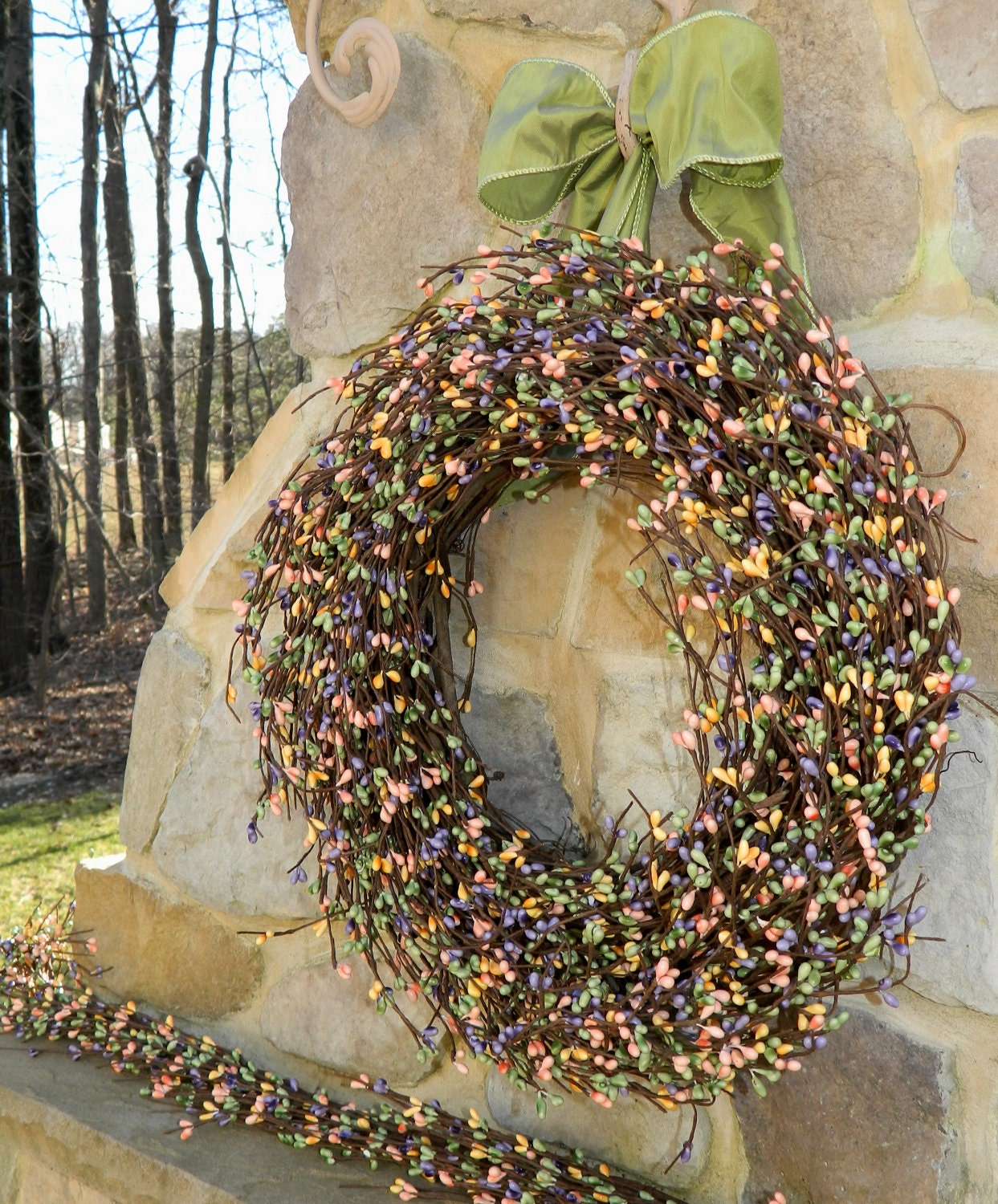 spring wreath outdoor wreath berry by everbloomingoriginal. Black Bedroom Furniture Sets. Home Design Ideas