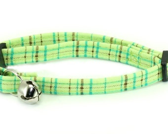 "Ready To Ship - 1"" Large DOG COLLAR no bell - Stripes in Lime"