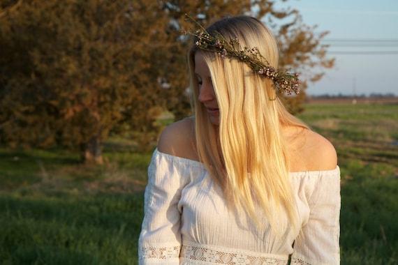 Long Sleeved Vintage Wedding - Delia