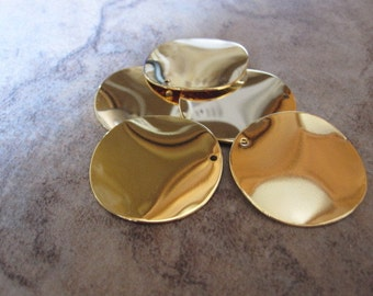 6 Drops, gold-plated steel, 26mm wavy flat round.  - JD187