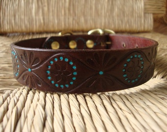 "Cocoa and Turquoise Leather Dog Collar.  Embossed Retro Design. 1"" Leather Collar."