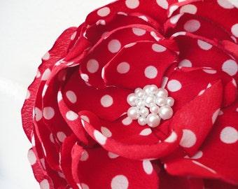 Retro hair flower Vintage flower comb Bridal flower Red hair flower Wedding hair flower Bridal hair comb Polka dot Bridesmaids Flower brooch