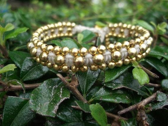 Single white Thai handmade real brass beads Bracelet on Christmas gift/New year 2016/Horizontal /jewelry/holidays/Hawaii/party/vacation/love