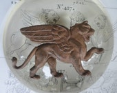 Vintage Winged Lion Griffon (1 pc)