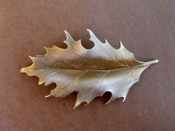 Mountain Oak Leaf Stamping (2pc)