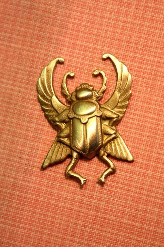 Winged Scarab Beetles (2 pc)