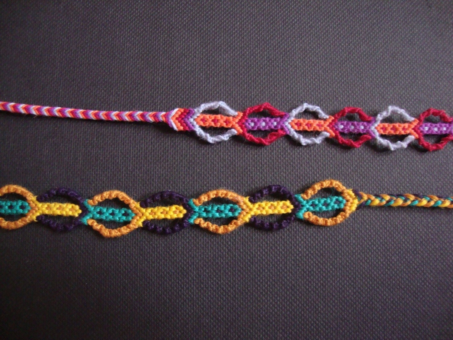 String Friendship Bracelet Bubble Pattern By CallistoKnits
