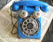 Vintage Toy Phone - Blue Metal