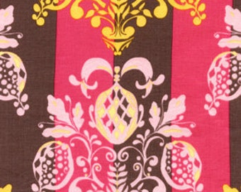 01382  Free Spirit Tina Givens Olivia's Holiday Pineapple Post in Pink color- 1 yard