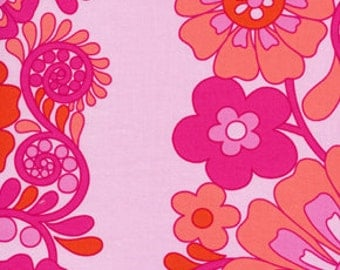 01785  Jennifer Paganelli Queen Street Madeline in Fuchsia color-1 yard